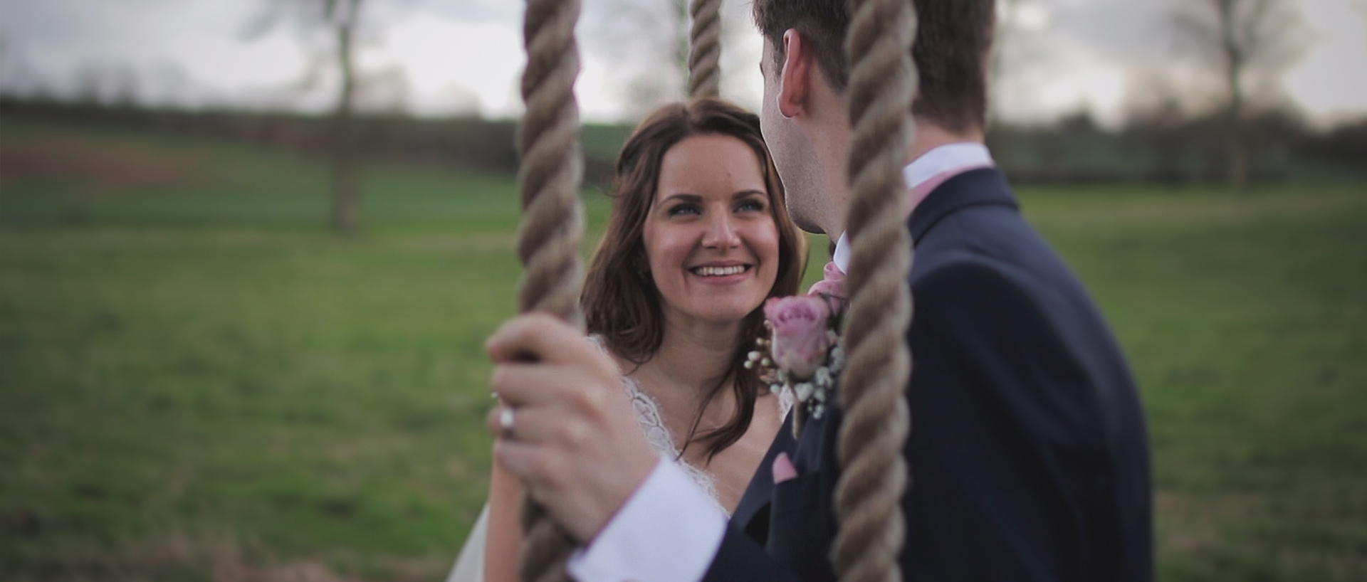 You are currently viewing Chantelle & Fraser – Beautiful Wedding At Quantock Lakes